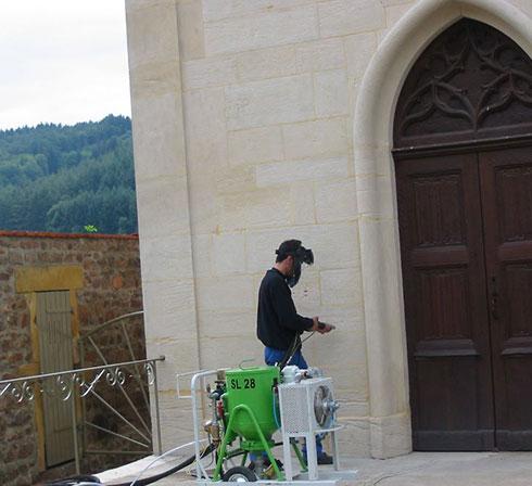 nettoyage mur église hydrogommeuse SL28