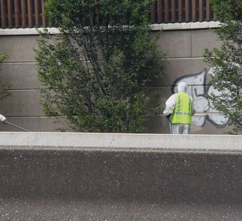Schnell Graffiti entfernen MAXI TAG ACF Germany