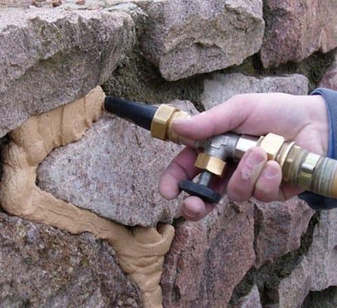 jointoyeuse Paloma pour joints en pierre